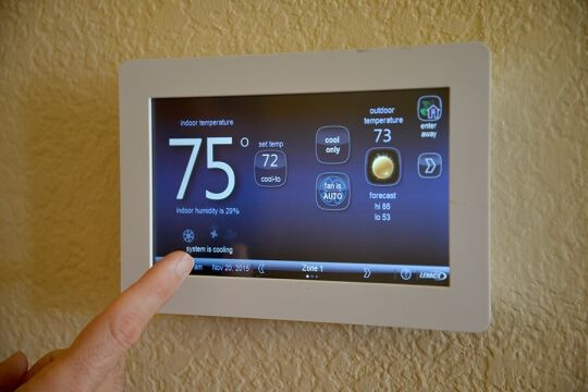 Wifi thermostats provide cooling energy efficiency
